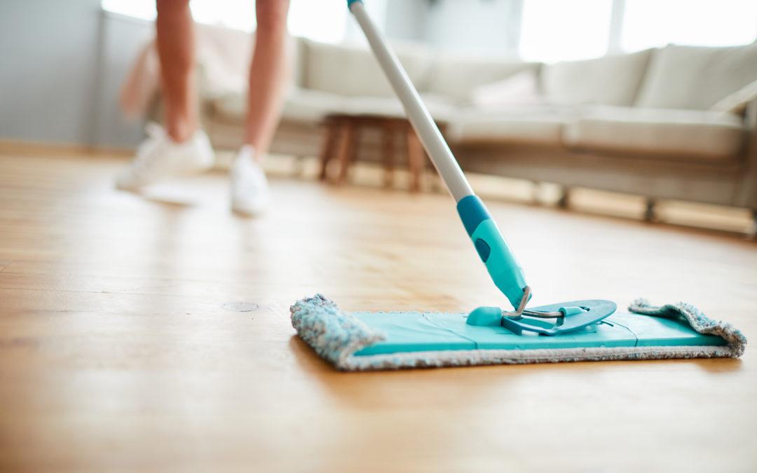 Parkettboden reinigen und pflegen – 8 Tipps