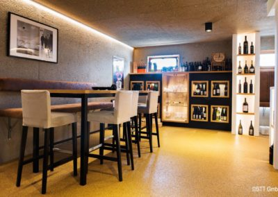 Im Innenraum ist der Steinteppich bestens geeignet für Lokale und Restaurants.
