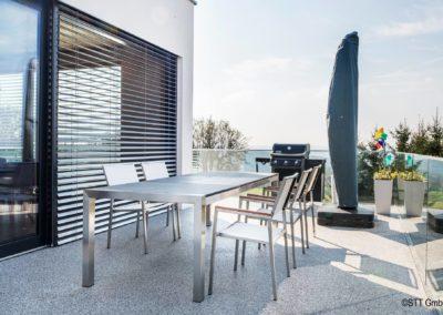 Steinteppich als Bodenbelag für die Terrasse