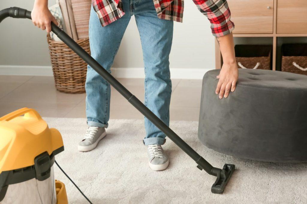 Teppiche Reinigen und Luften